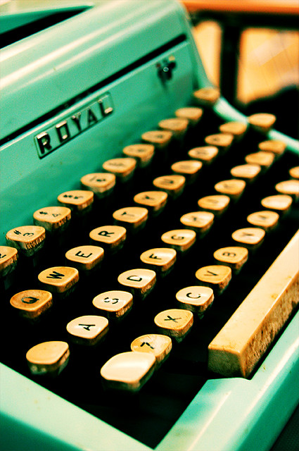 typewriter freedom of press